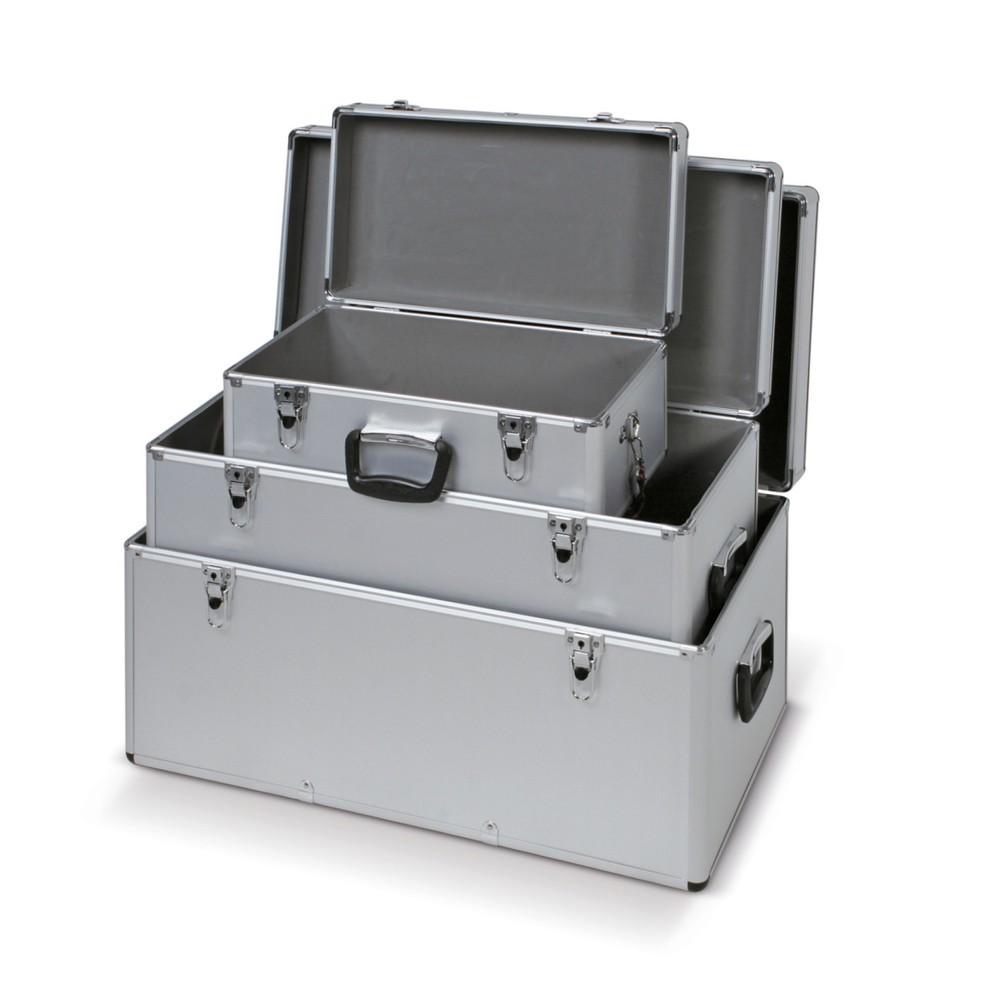 Image of Leicht, platzsparend, komfortabel – das Aluminiumboxen-Set Mit diesem Boxen-Set sparen Sie Platz bei Lager und Transport. Im leeren Zustand verstauen Sie die Alukisten ganz einfach ineinander, im vollen Zustand stapeln Sie sie aufeinander. Durch ihr gerin