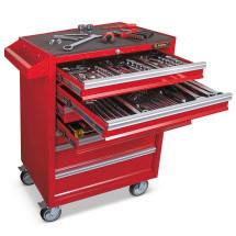Roter Werkstattwagen mit ausgezogener Schublade