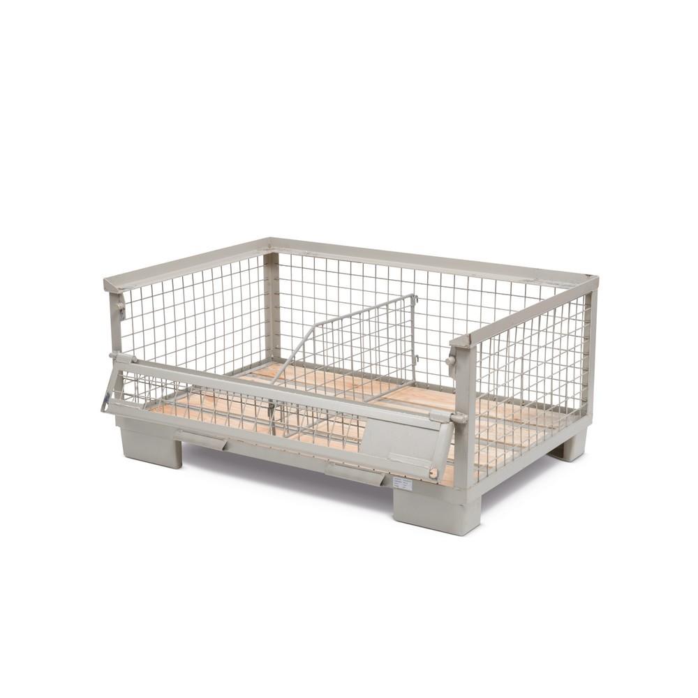 Image of Flexible Lagermöglichkeiten in der Industrie-Gitterbox Gitterboxen sind in Produktionsbetrieben für sämtliche Transport- und Lagerprozesse vielseitig einsetzbar. Durch halb abklappbare Wände wird diese Einsatzvielfalt zusätzlich erweitert. Damit können Si