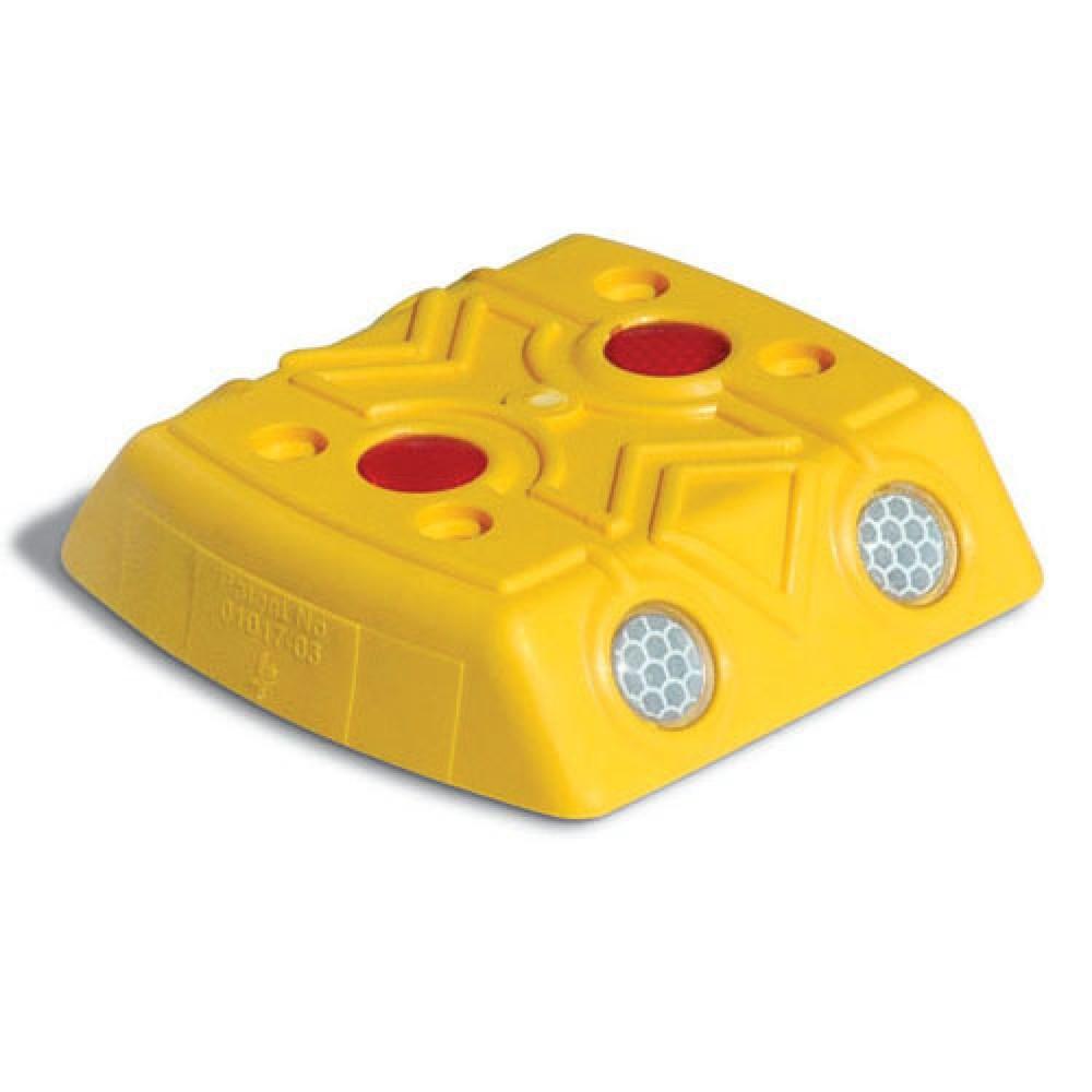 Image of  Lieferung inklusive DrehstiftnagelMarkierungsnagel mit Reflektoren, eckig, HxBxT 28 x 120 x 120 mm, gelb Markierungsnagel mit Reflektoren, eckig, HxBxT 28 x 120 x 120 mm, gelb