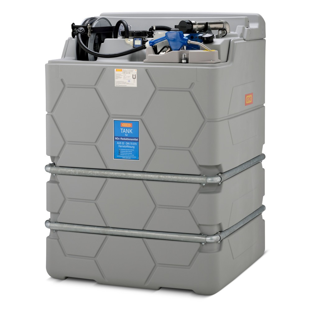 Image of Stationäre und besonders robuste Tankanlage für den AdBlue®-Kraftstoffzusatz Die Tankanlage CEMO CUBE für AdBlue® bietet Ihnen die Möglichkeit, eine grössere Menge AdBlue®-Kraftstoffzusatz für eine sofortige Betankung bereitzustellen. Die Tankanlage verfü